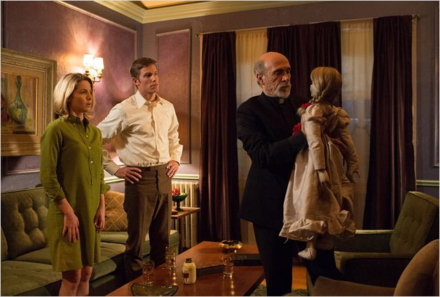 Annabelle : Photo Tony Amendola, Ward Horton