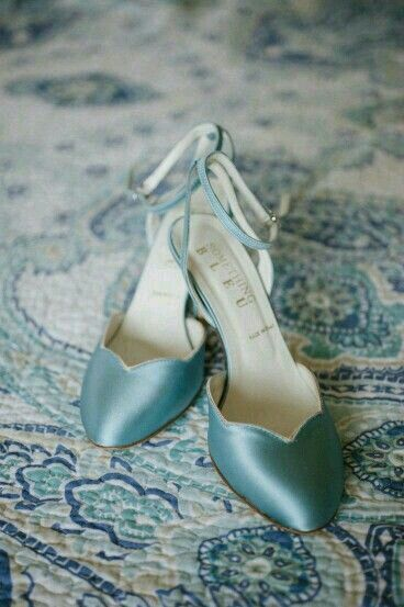 Blue shoes !