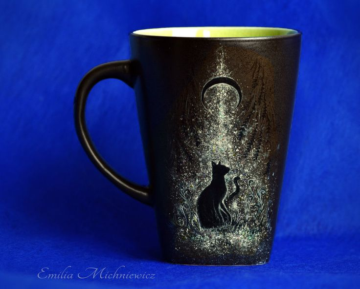 Handpainted cup with direwolf. If you want more, check this out! www.facebook.com/EMsilverART/