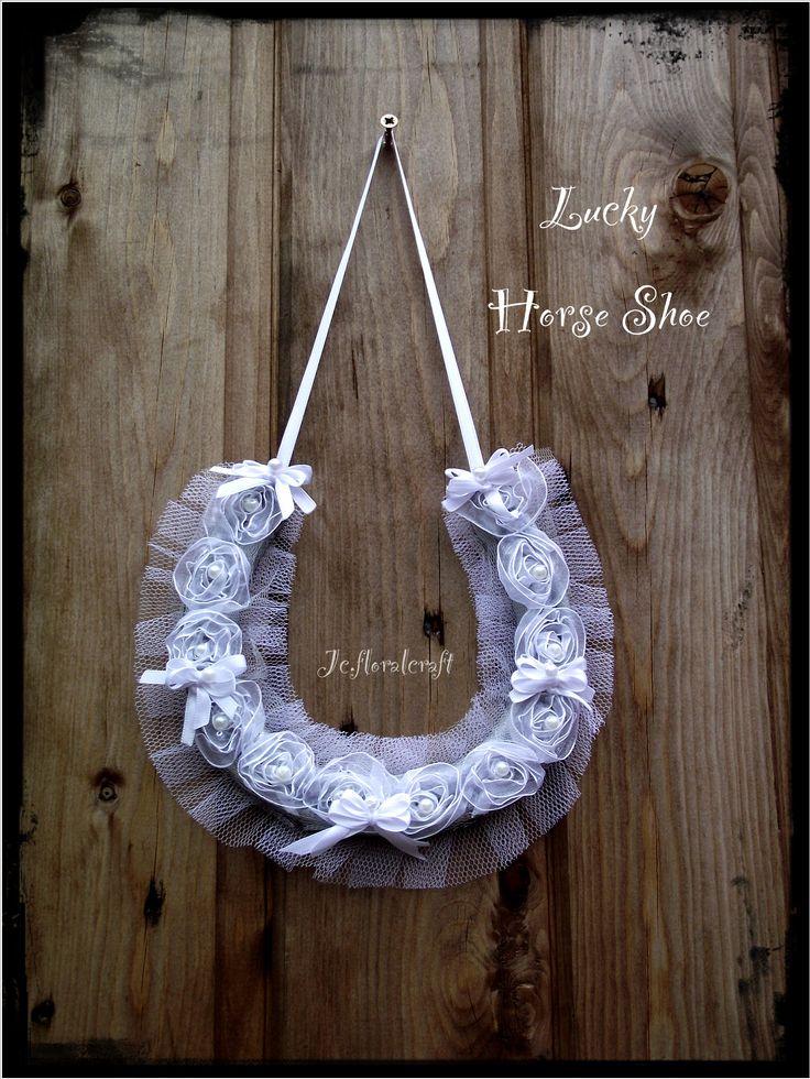 Bridal Horse Shoe