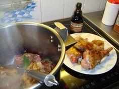Recept voor Konijn op zijn Vlaams of konijn met pruimen. Meer originele recepten…