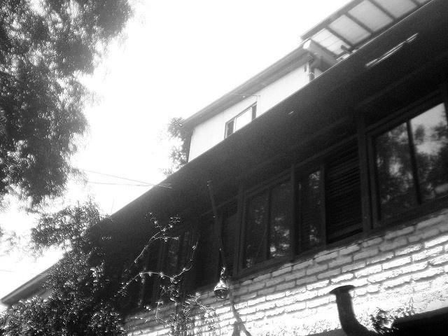 ventana_misterio by las ventanas del bella, via Flickr