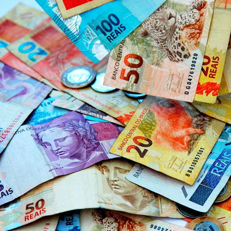 Sabia que há uma simpatia para garantir que não irá faltar dinheiro? Veja como fazer para ter certeza que você terá um ano em paz com as finanças.