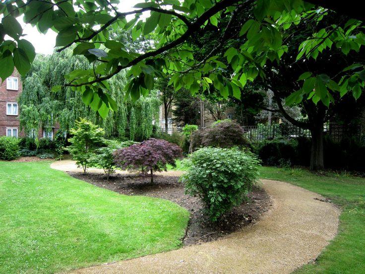 Hortensia Road, London SW10  #cutlerandbond  #londonproperty #gardensquares