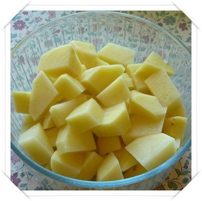 Contorno: come cucinare la patate lesse al microonde foto