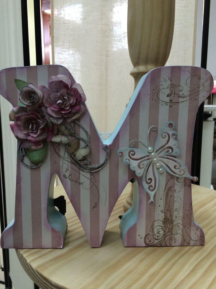 Letra madera decorada scrapbookin Mais
