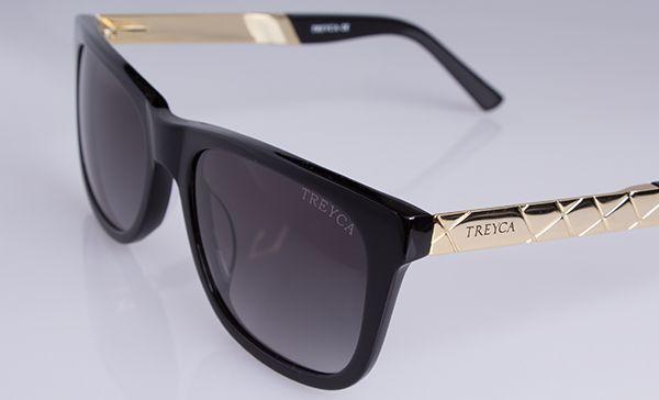 Wayfarer 18 carat gold plated sunglasses. #Treyca #Sunglasses