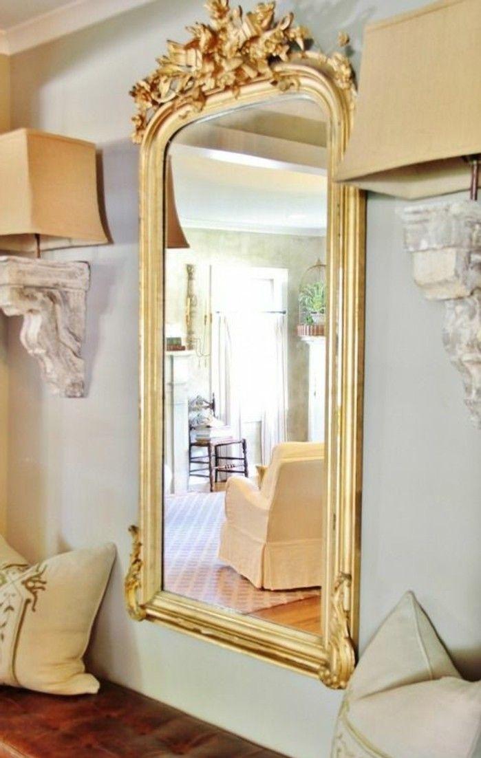 miroir ancien doré, jolis ornements