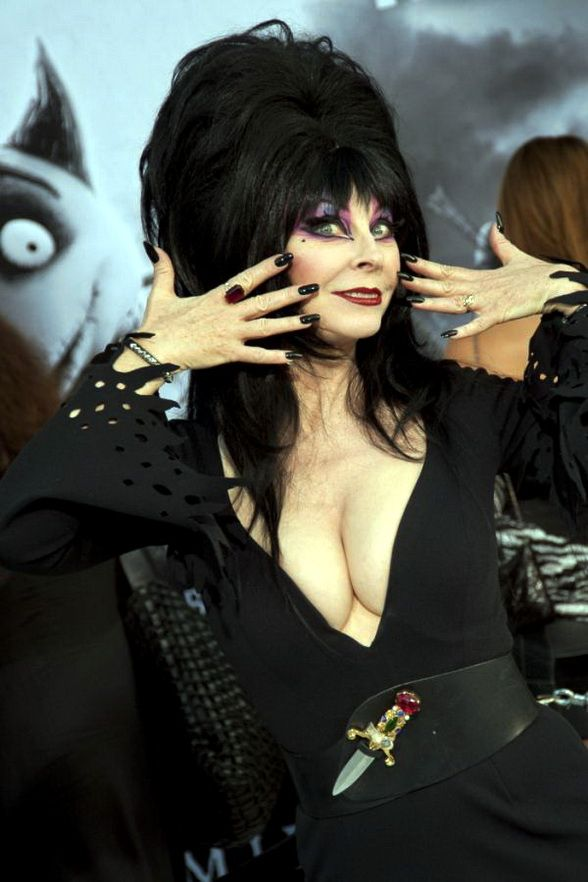 Elvira mistress of the dark nude photos 127