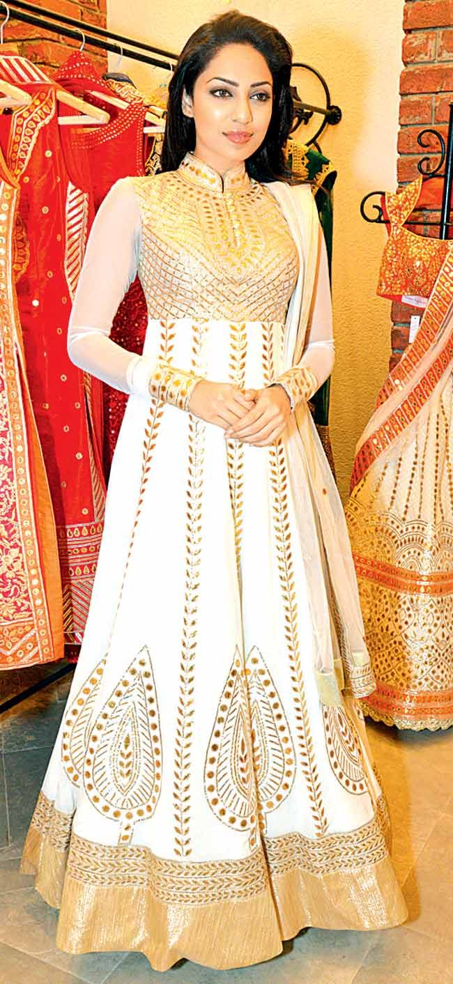 golden & white floor length anarkali