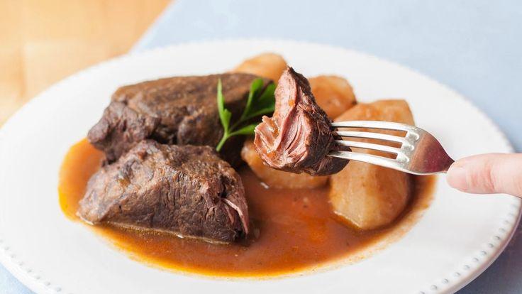 Cómo hacer un guiso de carne. Ternera asada con patatas