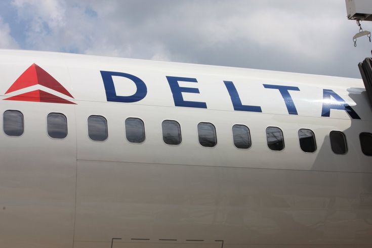 ST. LOUIS, MO — Delta Airlines is offered a personal invitation from Mayor Lyda Krewson to move its headquarters to St Louis. Her tweet followed Georgia's Lt Governor who tweeted he would kill any tax legislation that benefits Delta because the airline announced it would terminate its flight discount for NRA members.