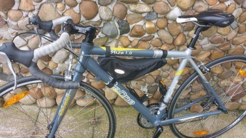 Verkaufe mein Rennrad, da ich mehr mit dem Bike fahre und es zu schade ist nur im Keller zu...,Damen Rennrad Briza 1.0 in sehr gutem Zustand 26 Zoll in Sachsen - Großenhain