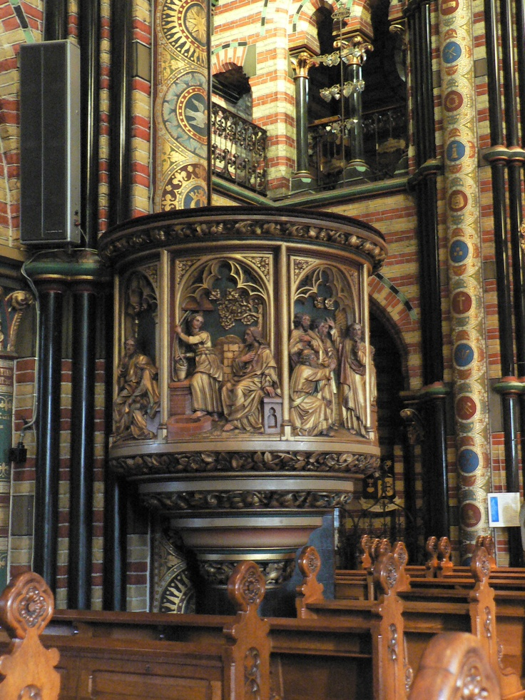 Basiliek van Onze-Lieve-Vrouw van het Heilig Hart, Sittard, Zuid-Limburg.