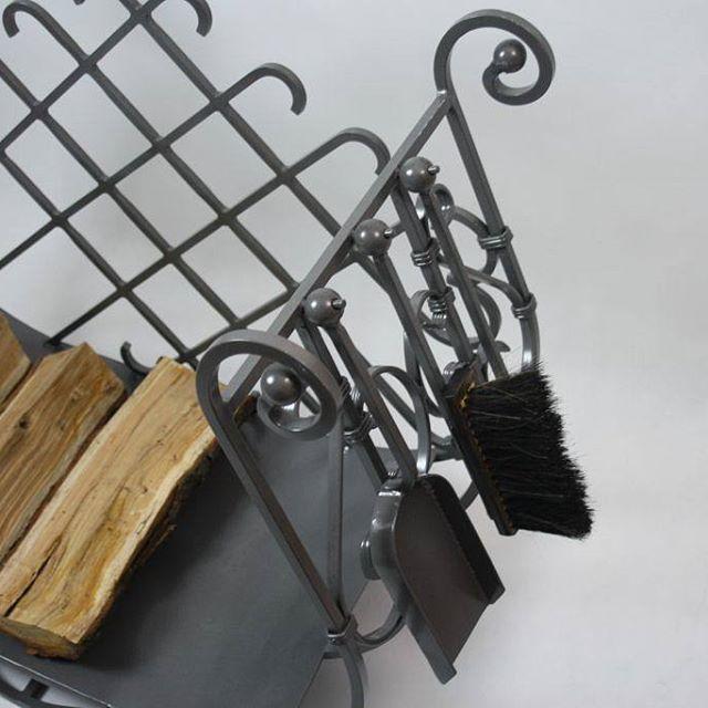#tmproject #frostyle #concept #passion #poland #homedecor #design #dizajn #style #stojaknadrewno #firewood #steel #fireplace #polskidesign #polishdesign #handmade #home #kominek #dom #salon