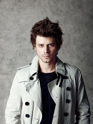 Okay, one more of Francois Arnaud and then I'm done. Ps, he wears leather pants in #TheBorgias. All. the. time.