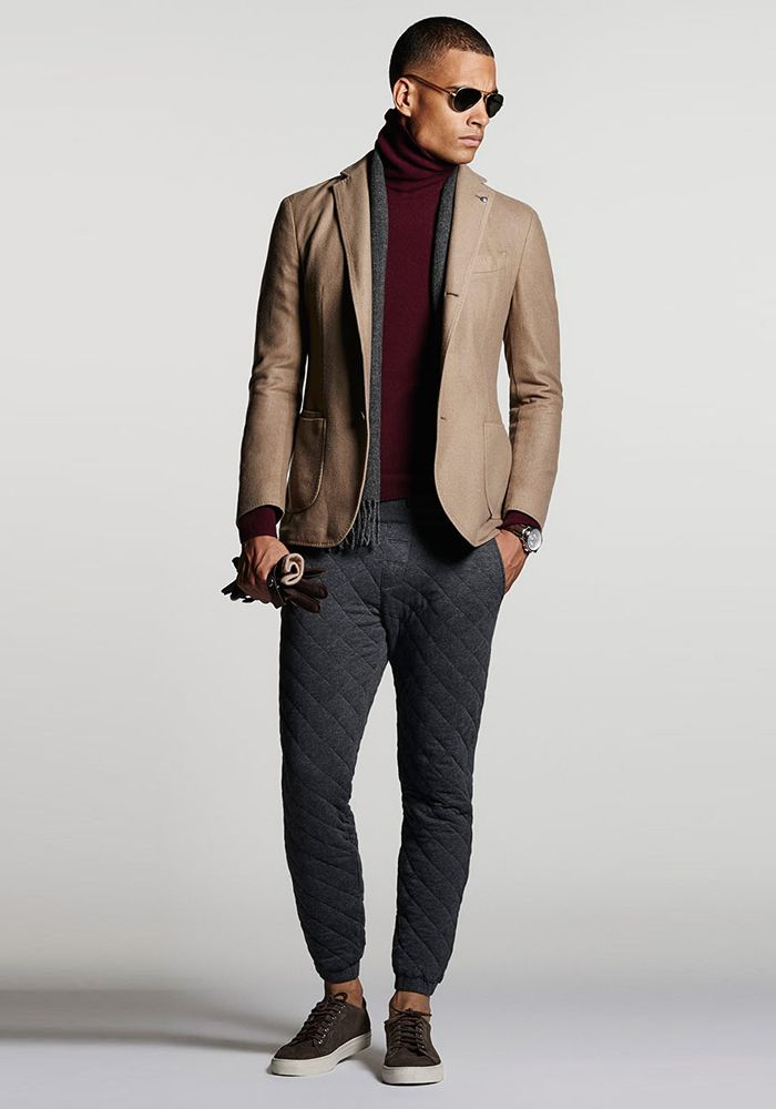 Today's Look: Quilted Joggers. Photo: Massimo Dutti. #ootd #menswear #mensfashion #mensstyle #instafashion #blazer #joggers #sweatpants #quilted