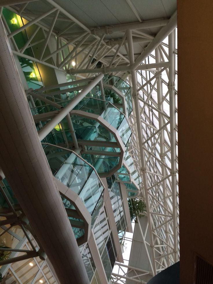 Piramid glass