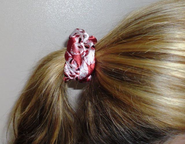 Here's another simple project that anyone can sew in just 5 steps and 15 minutes. Hair scrunchies can be made whatever size you ...