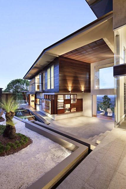 THE MALENY HOUSE, SUNSHINE COAST AUSTRALIA   .