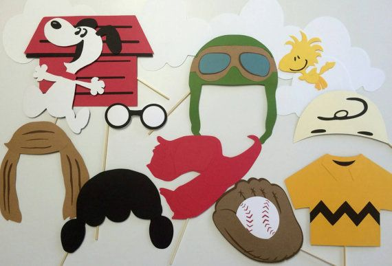 Charlie Brown and Friends 11 Piece Photo Booth Prop Set/ Peanuts Gang / Snoopy/ Woodstock/ Cartoon Characters /Kid's Party Props