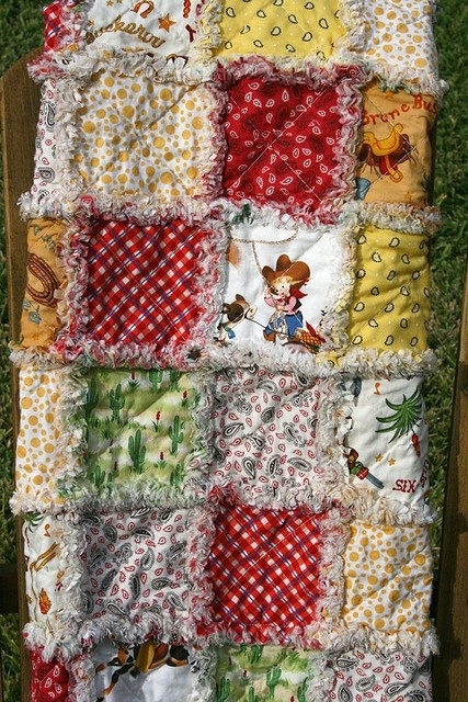 Great boy rag quilt.