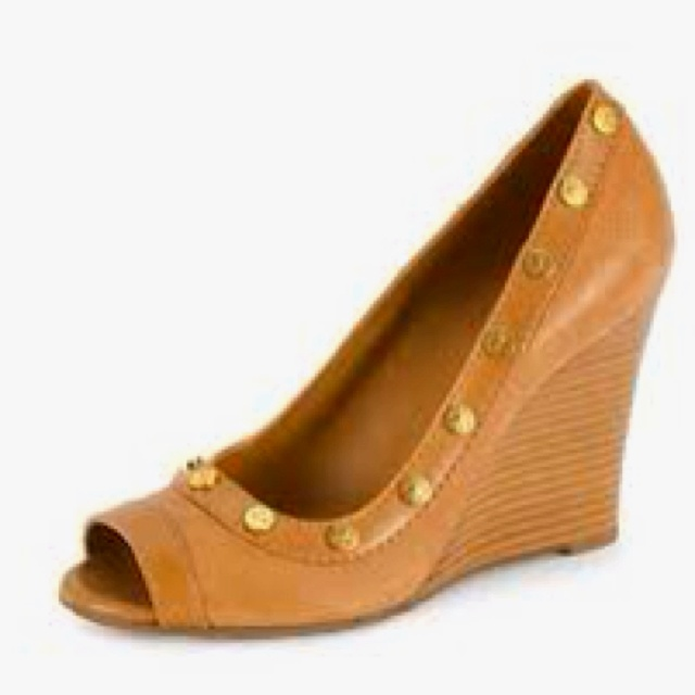 Tory Burch wedges :)