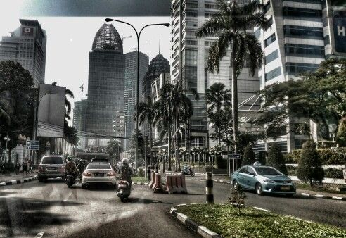 S E N A Y A N - Jakarta