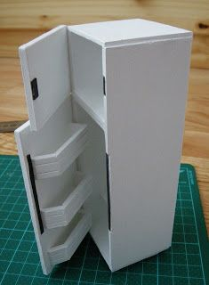 Tarja's Crafts: dollhouse fridge