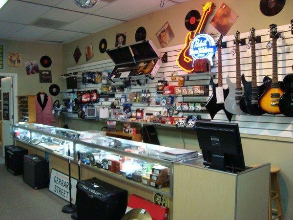 20 best nostalgic pawn shops images on pinterest shop for Jewelry pawn shops birmingham al