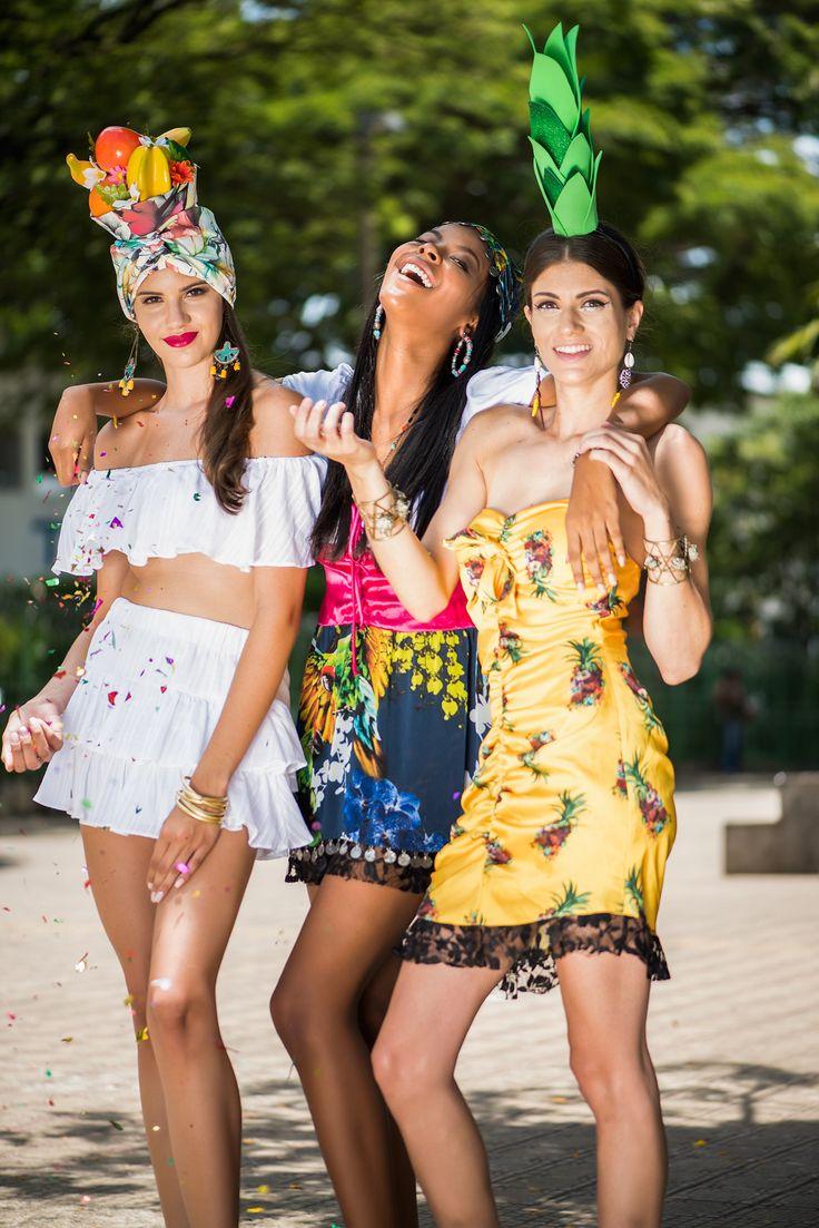 Fantasia Baiana, Cigana e Abacaxi!  #lavicarnavaliza #carnaval2015 #folia…