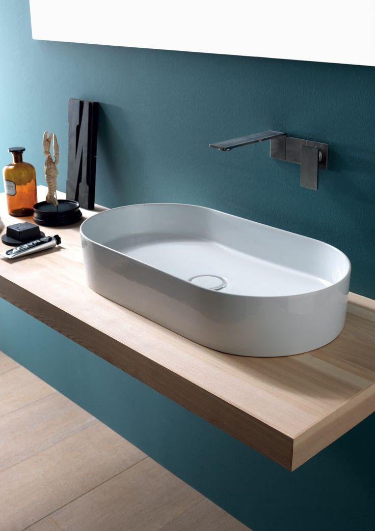 Lavabo bagno moderno da appoggio in ceramica Alice Ceramica. [www.viadurini.it]