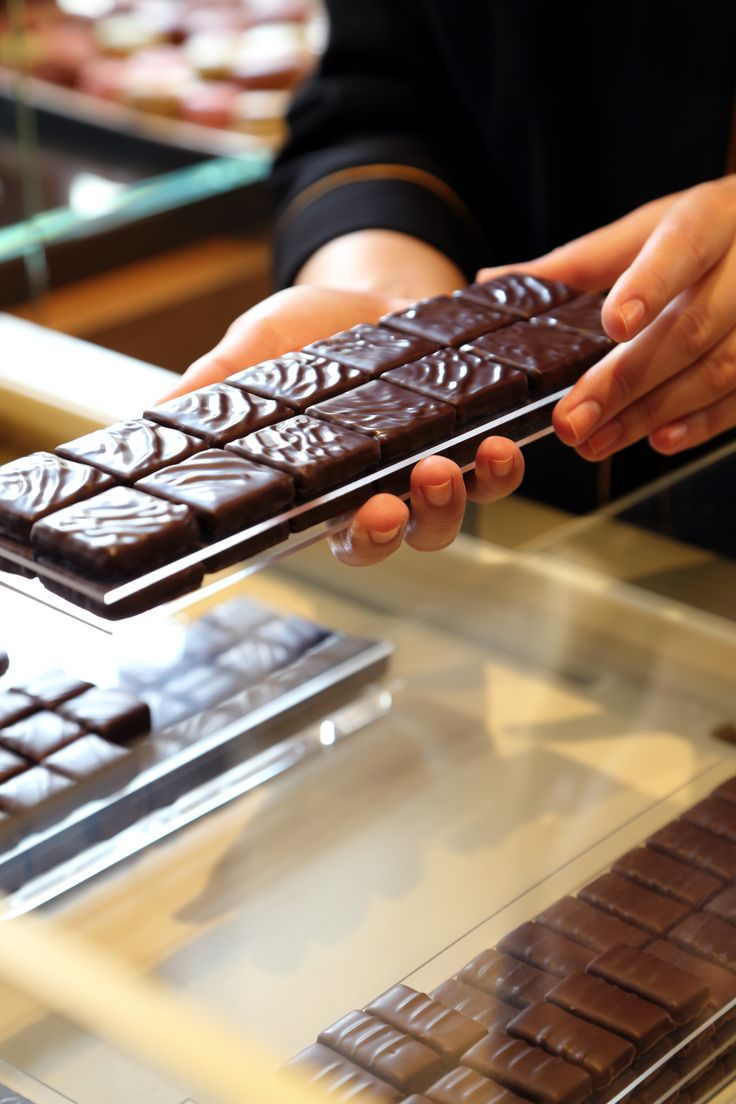 Best 25+ Chocolate boutique ideas on Pinterest | Chocolate covered ...