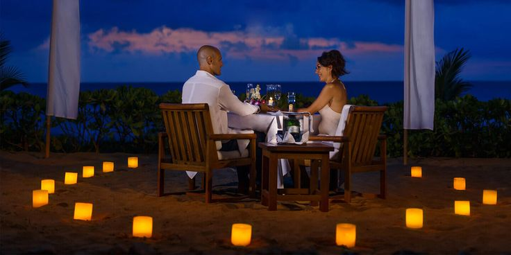 Treat your loved one with an Awesome dining experience under the tropical starry night sky with flickering candlelight at The Oberoi, bali.