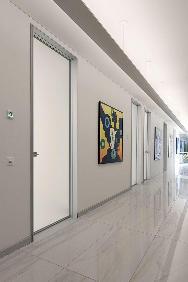 Arredo ufficio Design. Arredo ufficio ICF Office, Porro, illuminazione Artemide.