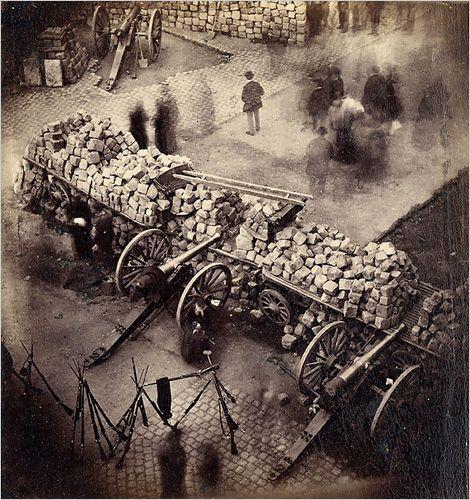 Barricades de la Commune de Paris - 1871