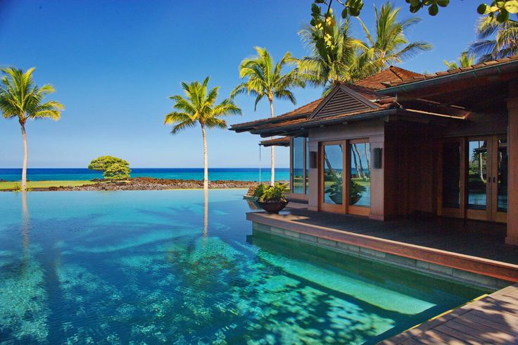 I wish i was sitting in that water hawaii beach house for Hawaii luxury homes for sale