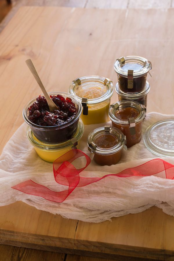 Spiced Orange Cranberry Jelly, Cointreau Orange Curd and Dried Apricot Preserves #Tenina #thermomix #CookingWithTenina #GiftGiving #jelly #jam #Preserves #curd #orange #cointreau #Apricot #Cranberry #GlutenFree #Vegetarian #Christmas #MerryChristmixToo
