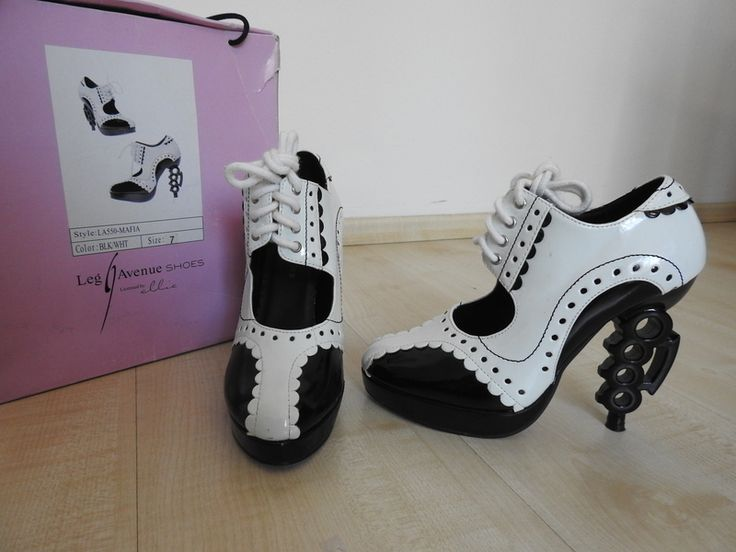 Leg Avenue Ellie Shoes Brass Knuckle Heels