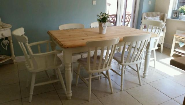 Shabby chic farmhouse pine table and 6 chairs in Laura Ashley White