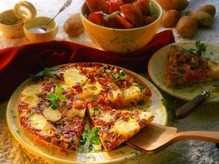 Spanische Tortilla mit Kartoffeln, Tomaten und Paprika - smarter - Zeit: 30 Min. | eatsmarter.de