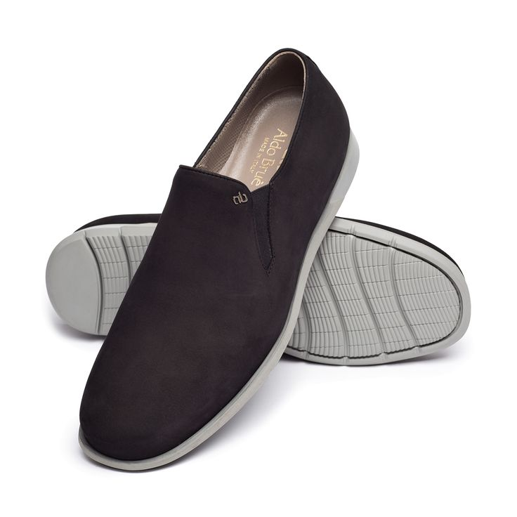 Bespoke slip on #Specialedition2015 by Aldo Bruè. Casual, brown with grey sole.