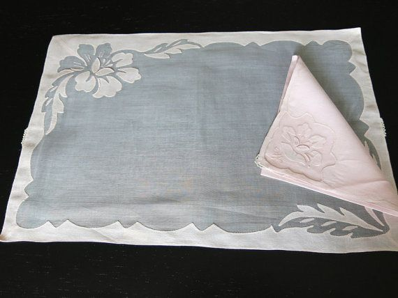 Vintage 8 Pink Linen Placemats Napkins Madeira by ShurleyShirley