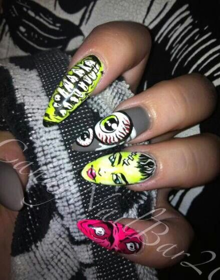 NAIL ART / NAIL DESIGNS / STILETTO NAILS / ACRYLIC NAILS /ZOMBIE / HALLOWEEN / CANDYNAILBAR @ INSTAGRAM