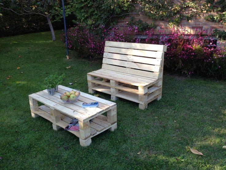 Muebles de palets para jardín realizados por Jardines y Rincones Paisajismo