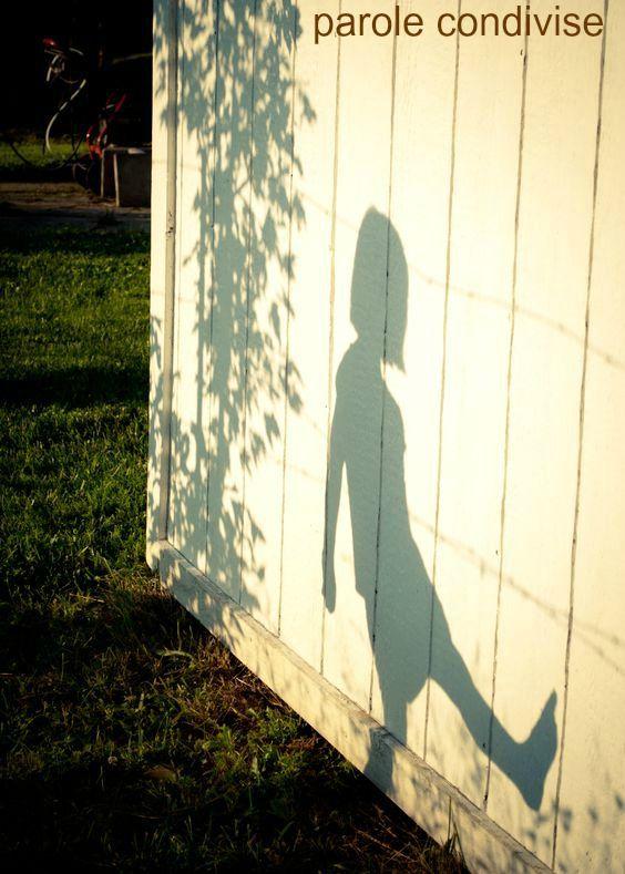 La ragazzina che ero - la conosco, ovviamente.  Ho qualche fotografia della sua breve vita. Wislawa Szymborska