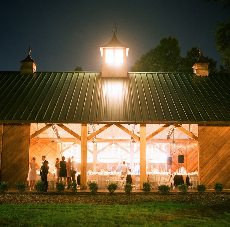 Alexander Homestead Barn Wedding Venue #barnwedding #barnreception Click Here: www.alexanderhomesteadweddings.com Charlotte, NC Photography: inContrast Images