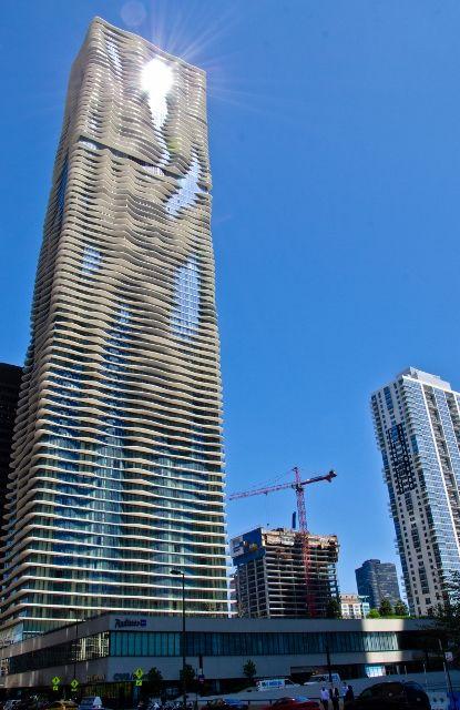 Hotel Review – Radisson Blu Aqua Hotel, Chicago, USA