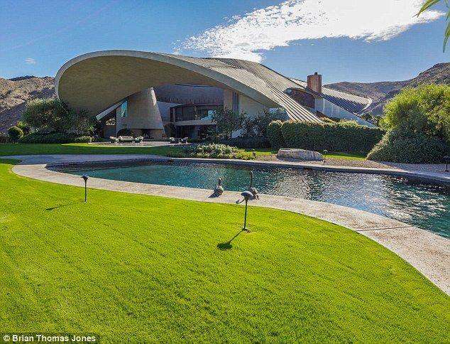 Bob Hope's house in Palm Springs by famed modernist architect John Lautner