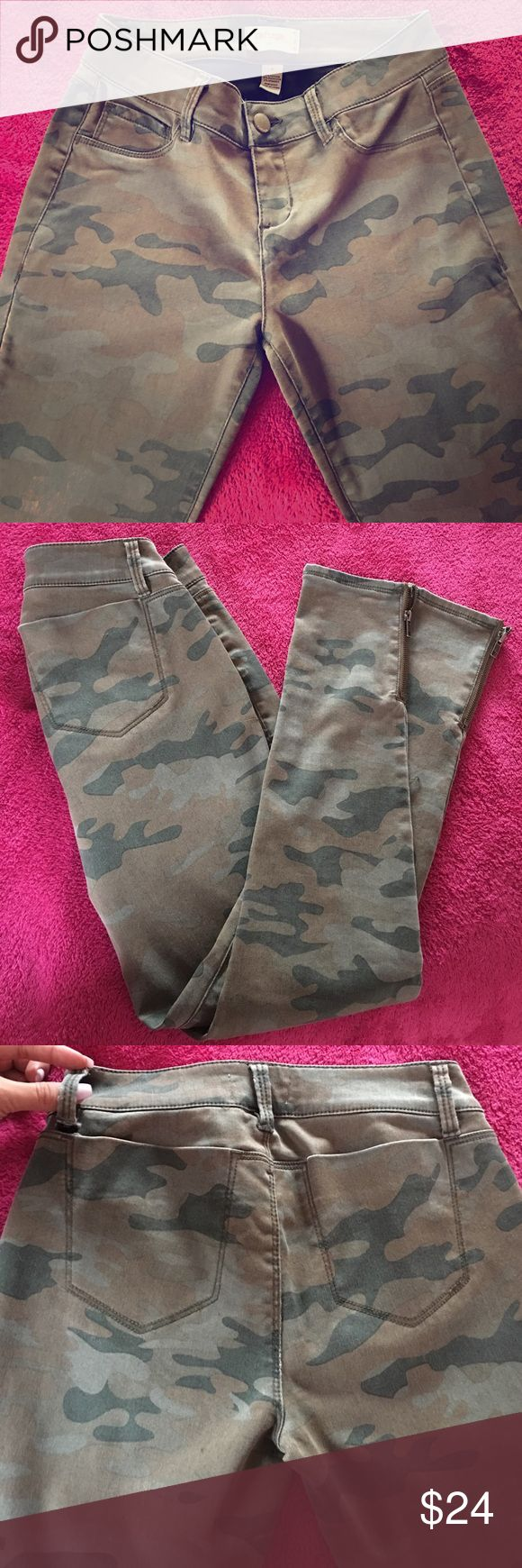 Camo Skinny Jeans Size 4, only worn ONCE! Light tear in the left backside belt loop- can easily be fixed and not noticeable at all, zipper near both ankles, very comfortable and stylish with heels sneakers or boots. Charlotte Russe Jeans Skinny